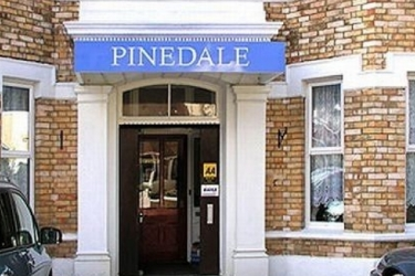 Pinedale Hotel