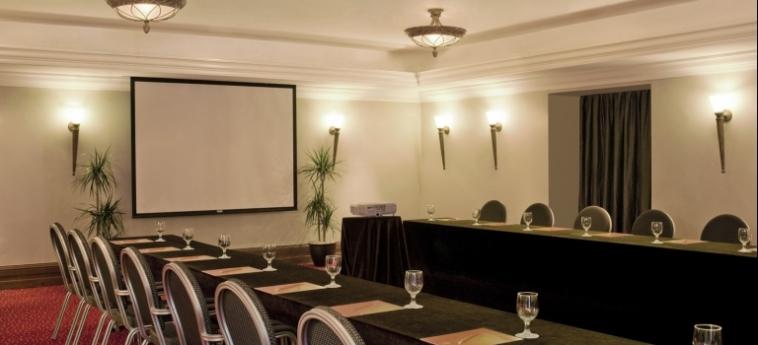 Hotel Sheraton Khalidiya: Salle de Réunion ABU DHABI