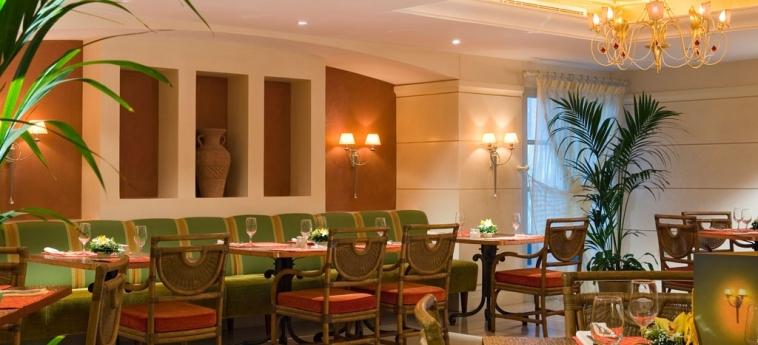Novel Hotel City Center: Ristorante ABU DHABI