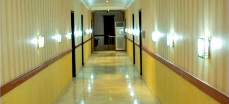 Hotel Caledonian Suites: Chambre Supérieure ABUJA