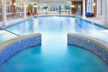 Mercure Blackburn Dunkenhalgh Hotel & Spa: Hotel Davor-Abend/Nacht ACCRINGTON