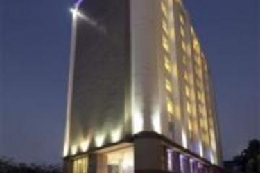 Hotel Four Points By Sheraton Ahmedabad: Außen AHMEDABAD