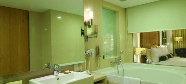 The Fern - An Ecotel Hotel: Bedroom AHMEDABAD
