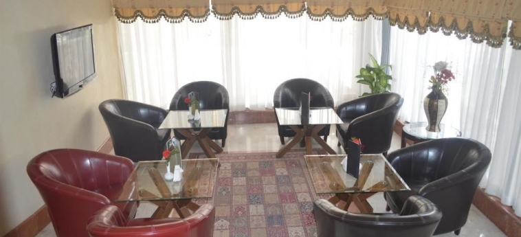 Hotel Coral Plaza Al Ahsa: Lobby Sitting Area AL HOFUF
