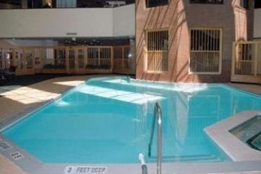 Crowne Plaza Hotel Albany-City Center (.): Innenschwimmbad ALBANY (NY)