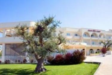 Grand Hotel Olimpo: Jardín ALBEROBELLO - BARI