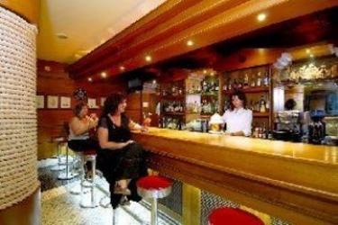 Aparthotel Olhos D'agua: Lounge Bar ALBUFEIRA - ALGARVE