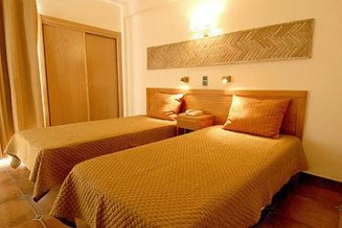 Aparthotel Olhos D'agua: Room - Guest ALBUFEIRA - ALGARVE