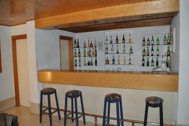Almar Hotel Apartamentos: Bar ALBUFEIRA - ALGARVE