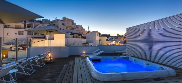 Hotel Baltum: Whirlpool ALBUFEIRA - ALGARVE