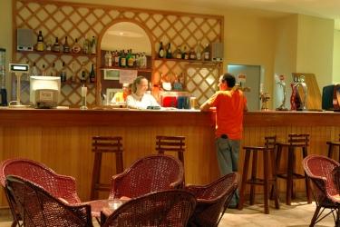Hotel Pateo Village: Bar ALBUFEIRA - ALGARVE