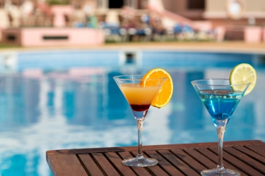 Aparthotel Aqua-Mar: Bar ALBUFEIRA - ALGARVE