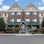 MAINSTAY SUITES KNOXVILLE AIRPORT 2 Stars