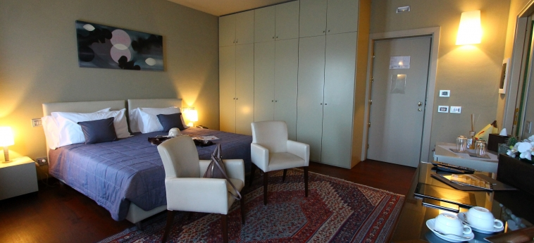 Hotel La Fermata Resort: Deluxe Zimmer ALESSANDRIA
