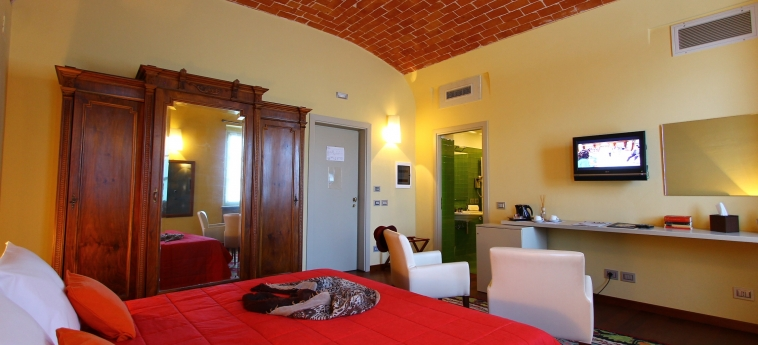 Hotel La Fermata Resort: Bedroom ALESSANDRIA