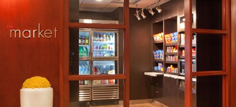 Hotel Courtyard By Marriott Alexandria Pentagon South: Snack  bar ALEXANDRIA (VA)