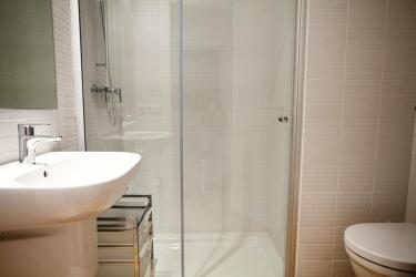 Hotel Apartamentos Premium Alicante: Bathroom ALICANTE - COSTA BLANCA