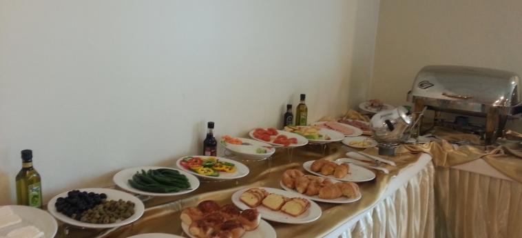 Hotel Golden Rose Al Khobar: Buffet ALKHOBAR