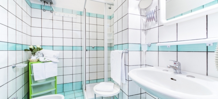 Hotel Florida Residence: Badezimmer AMALFI KUSTE