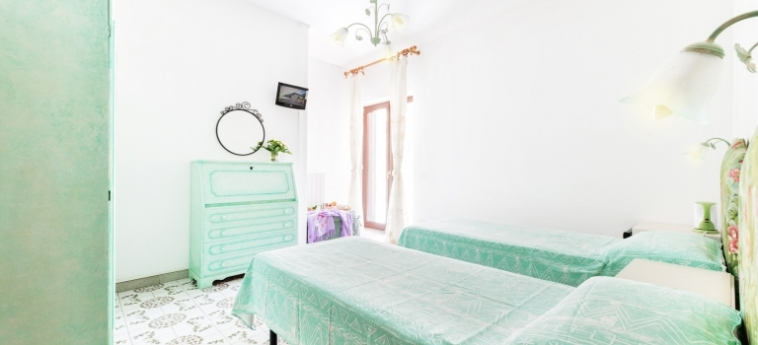 Hotel Florida Residence: Schlafzimmer AMALFI KUSTE