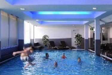 Van Der Valk Hotel Volendam: Außenschwimmbad AMSTERDAM