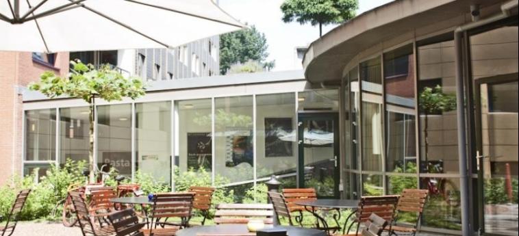 Hotel Ibis Amsterdam Centre Stopera: Außen Bar AMSTERDAM