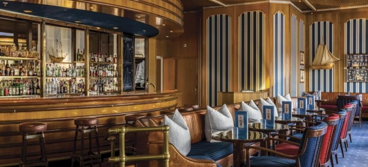 Hotel Hilton Amsterdam: Bar AMSTERDAM