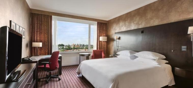 Hotel Hilton Amsterdam: Schlafzimmer AMSTERDAM