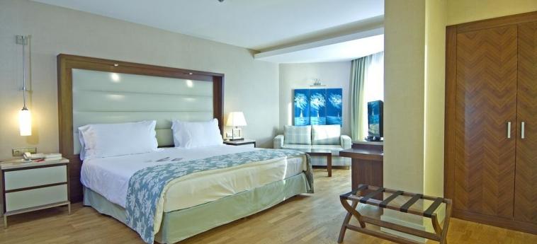 Hotel Ramada Plaza By Wyndham Antalya: Habitaciòn Suite ANTALYA