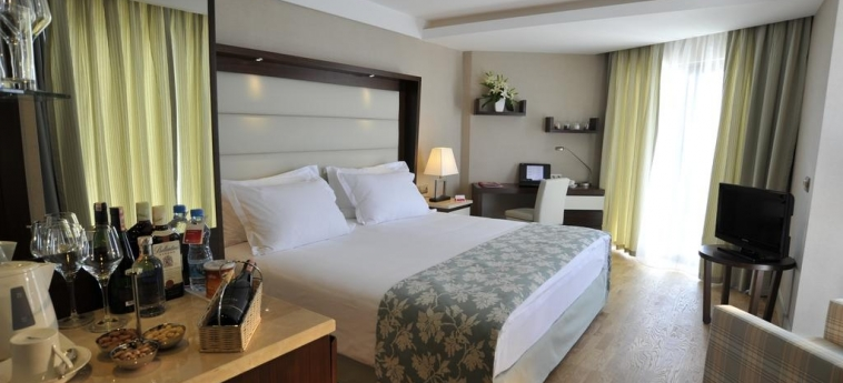 Hotel Ramada Plaza By Wyndham Antalya: Habitación ANTALYA
