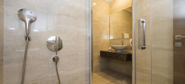 Hotel Ramada Plaza By Wyndham Antalya: Badezimmer ANTALYA