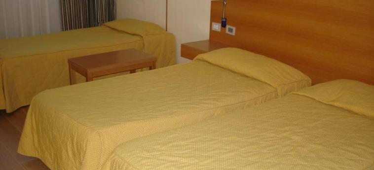 Express Hotel Aosta: Chambre Triple AOSTE