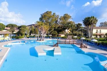 Hotel Horse Country Resort Congress & Spa: Piscina Esterna ARBOREA - ORISTANO