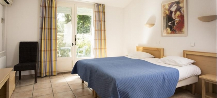 Hotel Club Residence Les Amandiers: Schlafzimmer ARLES