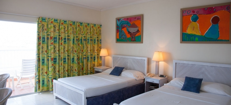 Hotel Grand View Beach: Appartement Sirene ARNOS VALE