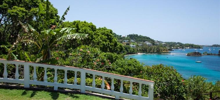 Hotel Grand View Beach: Eingang ARNOS VALE