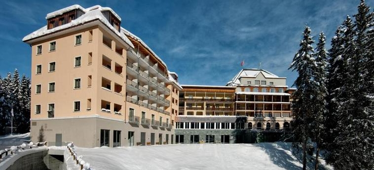 Waldhotel National: Esterno AROSA