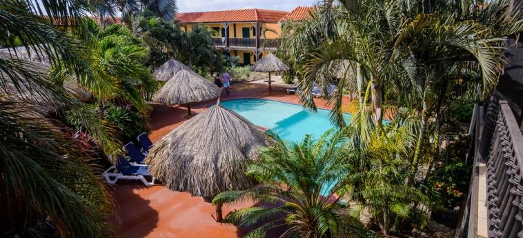 Hotel Perle D'or: Piscina al aire libre ARUBA