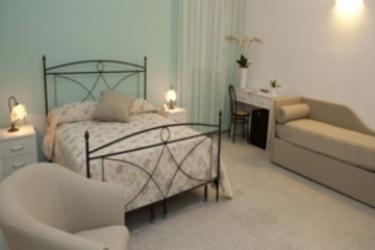 Hotel Venere: Dormitory 4 Pax ASCEA - SALERNO