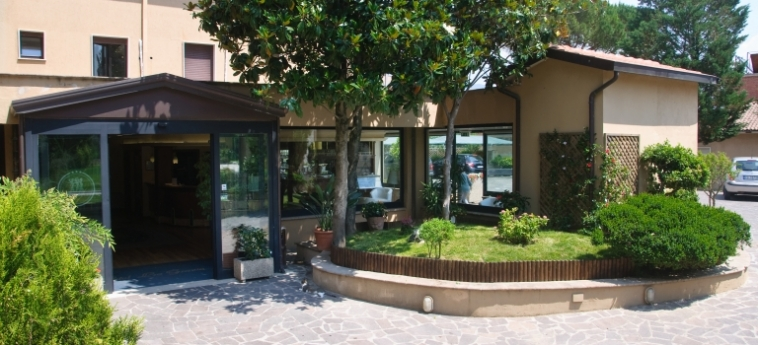 Hotel Le Grazie: Extérieur ASSISE - PERUGIA