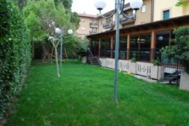 Hotel La Tavola Rotonda: Cheminée ASSISE - PERUGIA