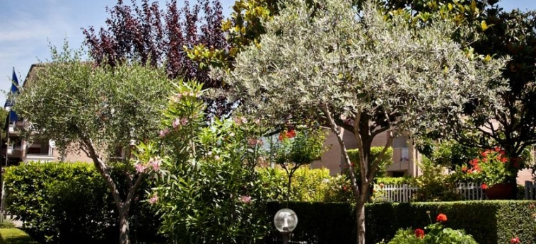 Hotel Vignola: Jardin ASSISE - PERUGIA