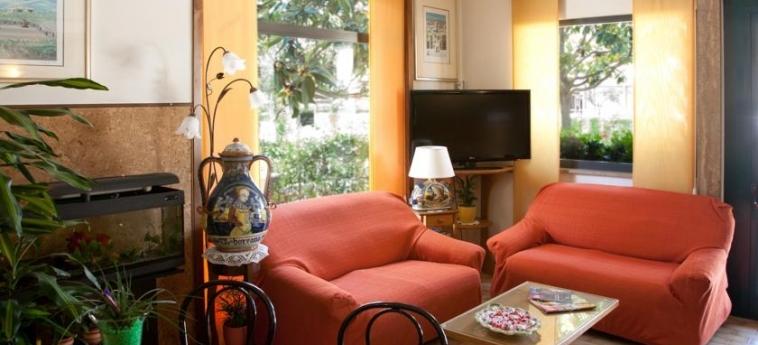 Hotel Vignola: Lobby ASSISE - PERUGIA
