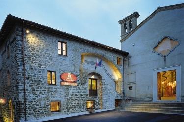 Hotel Relais La Corte Di Bettona: Eingang ASSISI - PERUGIA