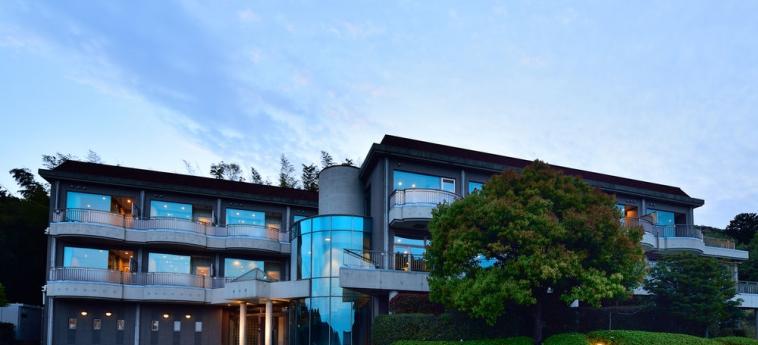 Hotel Fontaine Bleau Atami: Frente Hotel – Tarde / Noche ATAMI - SHIZUOKA PREFECTURE