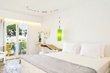 Hotel Marathon Beach Resort: Habitación ATENAS