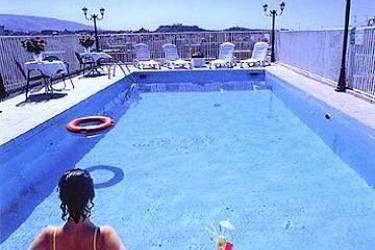 Hotel Oscar: Außenschwimmbad ATHEN