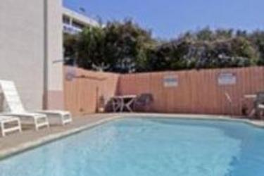 Hotel Days Inn Crossroads: Außenschwimmbad AUSTIN (TX)
