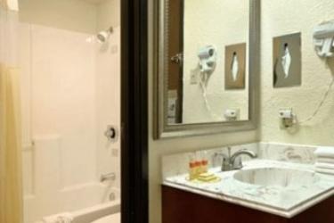 Hotel Days Inn Crossroads: Badezimmer AUSTIN (TX)