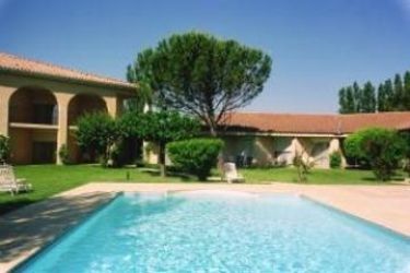 Hotel Best Western Paradou Avignon: Swimming Pool AVIGNONE